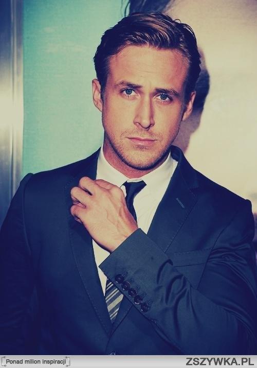 Ryan Gosling- what a beautiful, beautiful man mmmmm