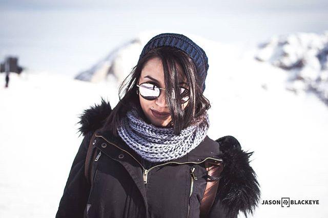 Cold sexy portrait  jasonblackeye.com  @eirini_zacharopoulou  #portrait #picoftheday #photooftheday #35mm #focus #portraitphotography #bokehful #bokehkillers #bokeh_bliss #bokeh #standing #woman_collection #modellife #Modeling #shooting #photoshoot #models #winter #coldoutside #snowday #womans #sunglasses #karamouzis #optics #mountain