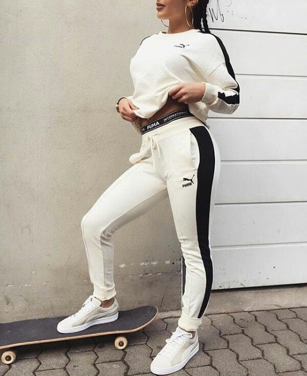 JULIELINGMA · Puma Long Sleeve T, Puma Leggings, White Puma Shoes