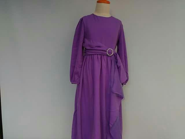 GAUN PESTA ANAK, Kode : Aini160501 Purple , Bahan : Twist crepe, Ukuran yang tersedia usia 2 -12 tahun  Order : 082330528745 (telp/sms/Line)
