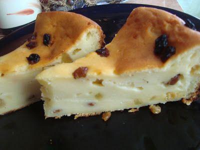 CAIETUL CU RETETE: Prajitura cu stafide si iaurt