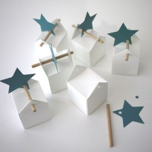 Love the star attachment..could just use a nice twig instead of dowel.
