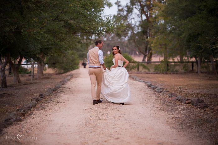 Tamworth Wedding Photography - Brendan & Chloe Coolah Wedding (24)
