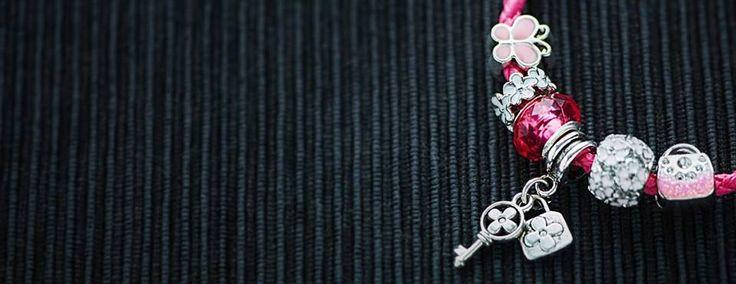 Pandora bracelet product photo.