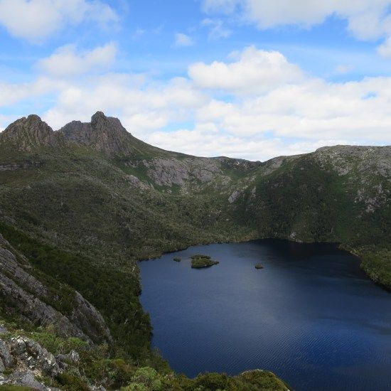 Dove Lake in Cradle Mountain National Park | Snapshot Inspiration: My favourite bits of Tassie | On the Road to Travel