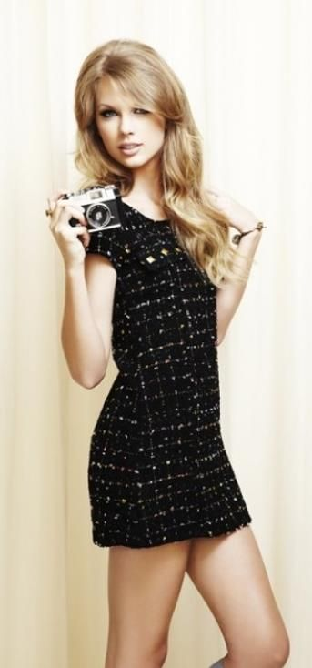 Taylor Swift ♥ Love the look very sixties... Think Jean Shrimpston and David Bailey!!!