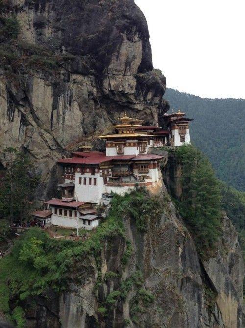 #ParoTaktsang #RinpungDzong #Thimphu #Punakha Phuntsholing, Paro, Taktsang, Monastery - Follow #extremegentleman for more pics like this!