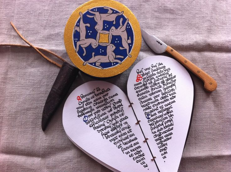 Pudełko wzorowane na przedstawieniu czterech zajęcy: http://www.pinterest.com/pin/478929741596971624/