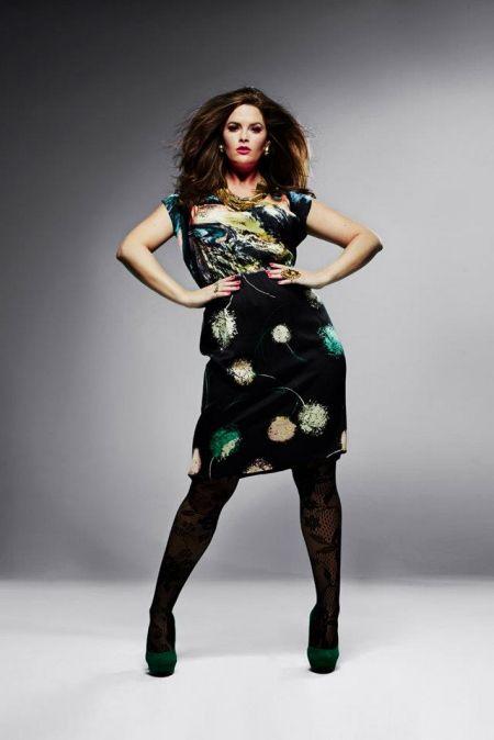 Whitney Thompson Hot | Whitney Thompson wearing plus size print dress from Anna Scholz