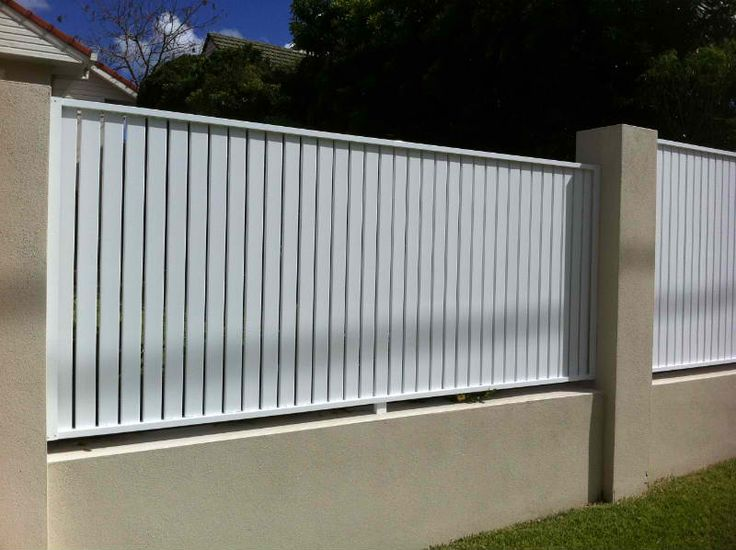 Aluminium Or Timber Slat With Render Block Piers Fence