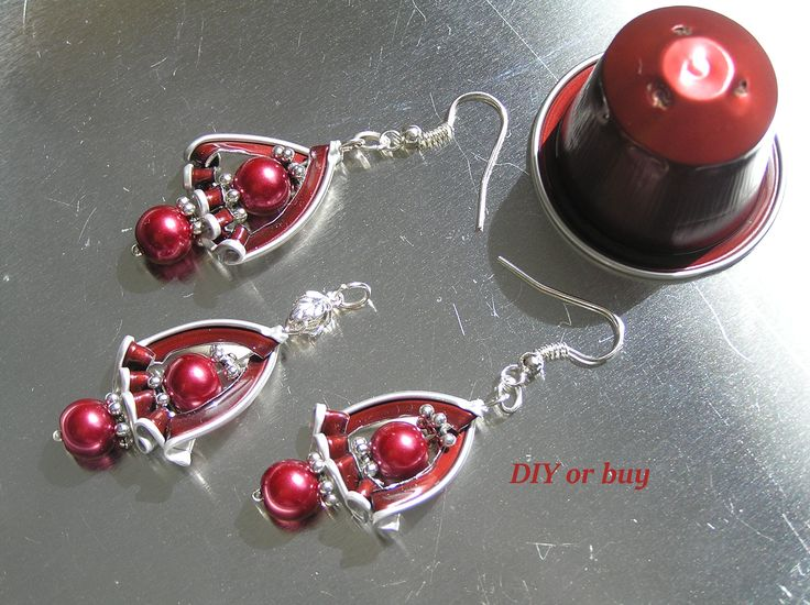Made by @diyorbuy #recycling #upcycled #nespresso #capsule #pendant #earring #DIY #DIY_or_buy #ökoműves #handmade #handcrafted #refashion #red #Hungary #unique #jewelry #újrahasznos