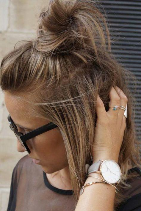 The Best About Short Hair Hairstyles Is That They Tend To Be Sassy Low Maintena Angela Home Kurzhaarfrisuren Hochsteckfrisuren Kurze Haare Frisur Hochgesteckt