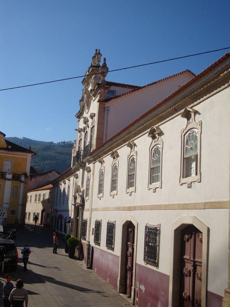 Hotel Palácio da Lousã, O Palácio dos Salazares