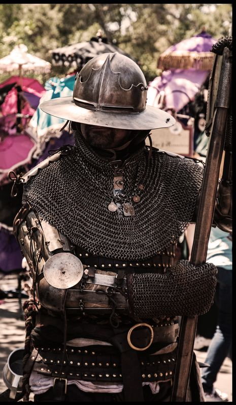 Armor 1400-1450, German mercenarie, poleaxe hammer ... Medieval Knights Armor