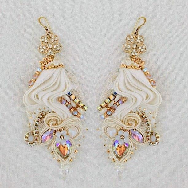#earrings #jewellery #accessories #bijoux #silk #seta #seda #shibory #soutache #embroidery #wedding #chic #dress #brindal #eventi #sfilate #puglia #solocosebelle