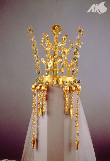 [Antiquity-Three Kingdoms Period(Silla) Korea] Gold crown
