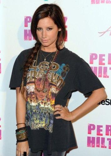 Fotos de Camisa e Camisetas de Bandas de Rock Feminina