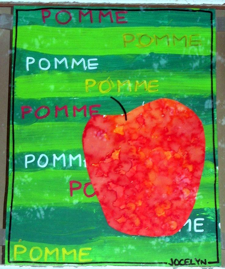 Étape #1: Bandes faites avec de la gouache. Étape #2: Écriture du mot avec petits pinceaux (toujours avec de la gouache). En majuscules ou minuscules selon les capacités des enfants. #3: Peinture tactile pour la pomme.