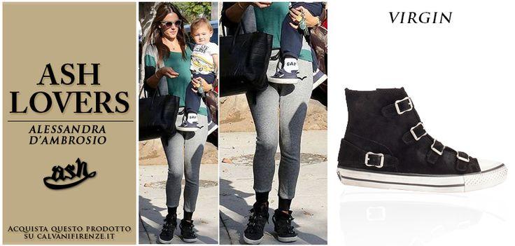 Per una passeggiata autunnale, la modella #AlessandraAmbrosio sceglie le comode e trendy #sneakers Virgin di #Ash!
