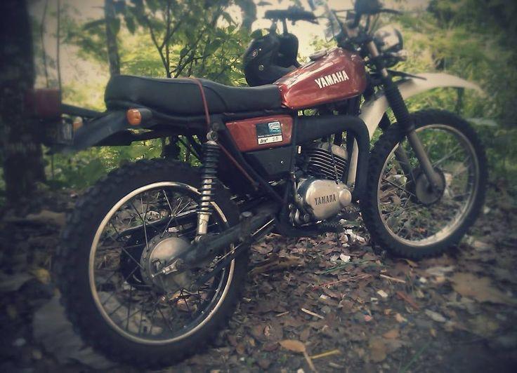 Yamaha DT-100 Enduro