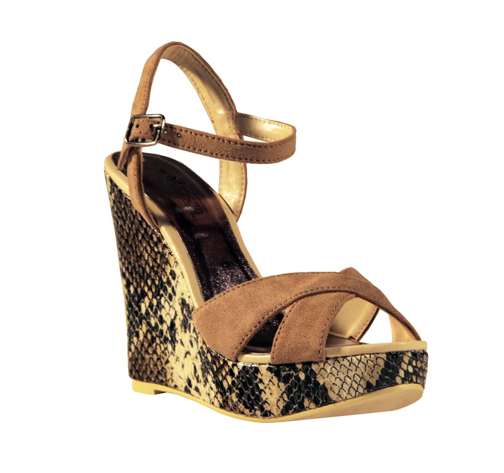 Slither your feet into Madison's Lisa snake print wedges!