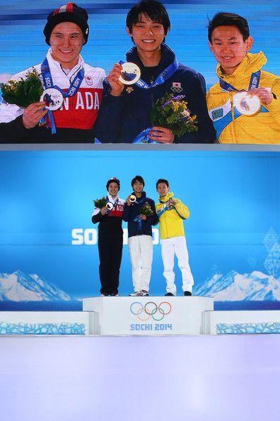 Yuzuru Hanyu Photos - Medal Ceremony - Winter Olympics Day 8 - Zimbio