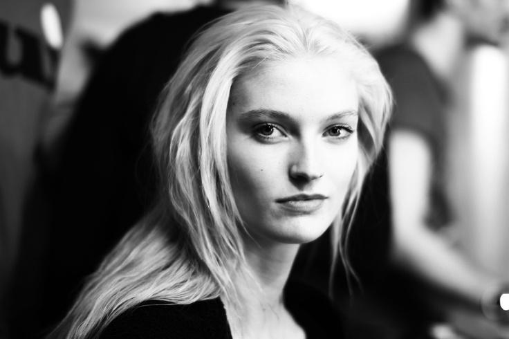 Helena Greyhorse (Premier)Moschino