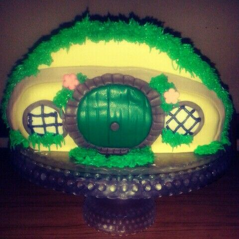 Hobbiton cake. Lord of the rings cake.  The Hobbit cake. Torta El Señor de los Anillos