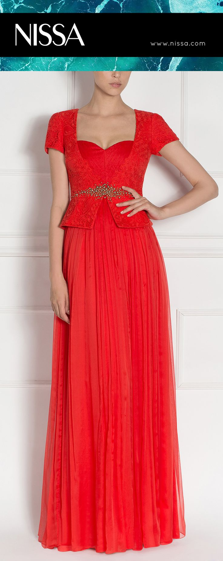 #nissa #evening #dress #red #embroidery #crystals #fashion #look #style #glamorous