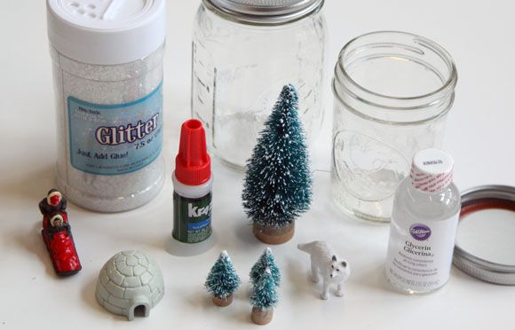 Easy #DIY snow globes made from Mason jars! #AlltheJoy