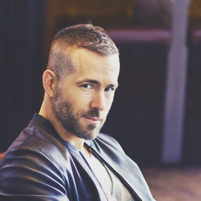 Ryan Reynolds. Another mature-looking man with those boyish good looks. My absolute weakness.