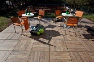 Verliefd! Keramische tegels met houtlook, ideale combi! ---- Tagina® woodays keramische tuintegels