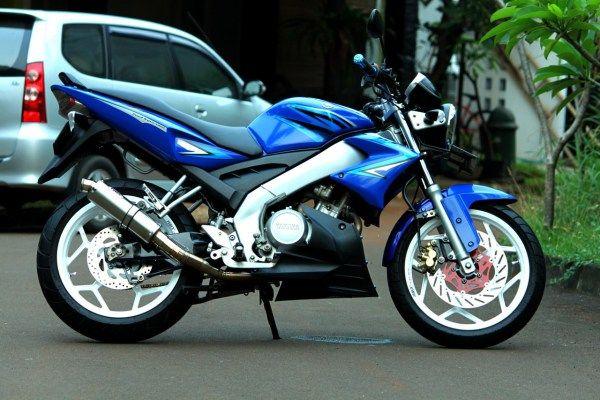Modifikasi motor Yamaha Vixion 2008 Konsep FZ 150i Biru Putih