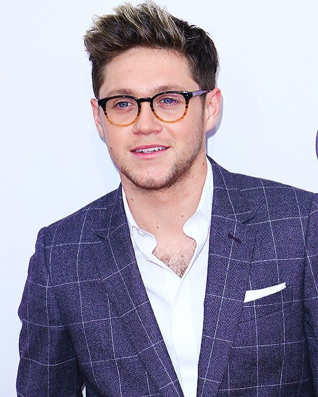 Niall at the AMAS last night 20/11