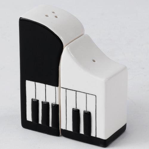 Piano keyboard salt and pepper pots. #music #saltnpepper #piano http://www.pinterest.com/TheHitman14/music-paraphernalia/