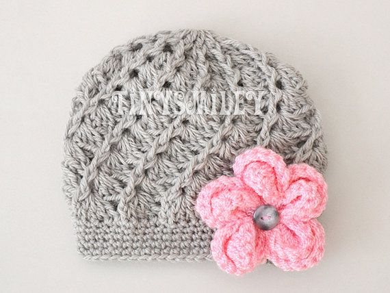 This listing is for one gray crochet baby beanie for your little princess. Made with 100% acrylic baby yarn. CUSTOM COLORS AVAILABLE! Need this