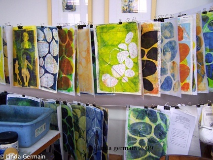 Studio shot of gelatin prints by Linda Germain. gelatin printing tips http://printmakingwithoutapress.blogspot.com/p/gelatin-printing-tips.html #printing #art #techniques