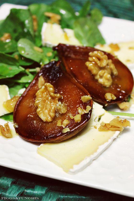 Salada de Peras Caramelizadas e Queijo Brie