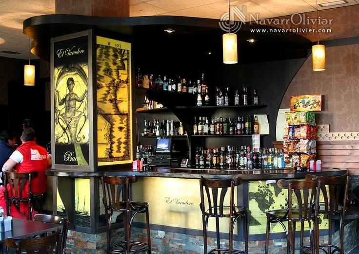 Diseño interior de bar. navarrolivier.com