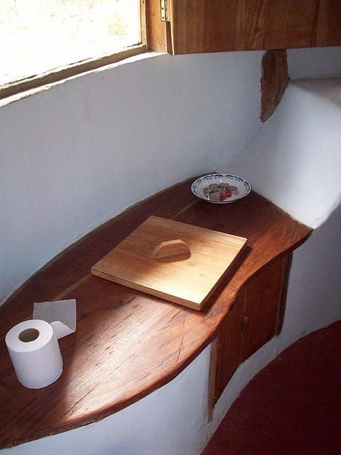 Indoor composting toilet
