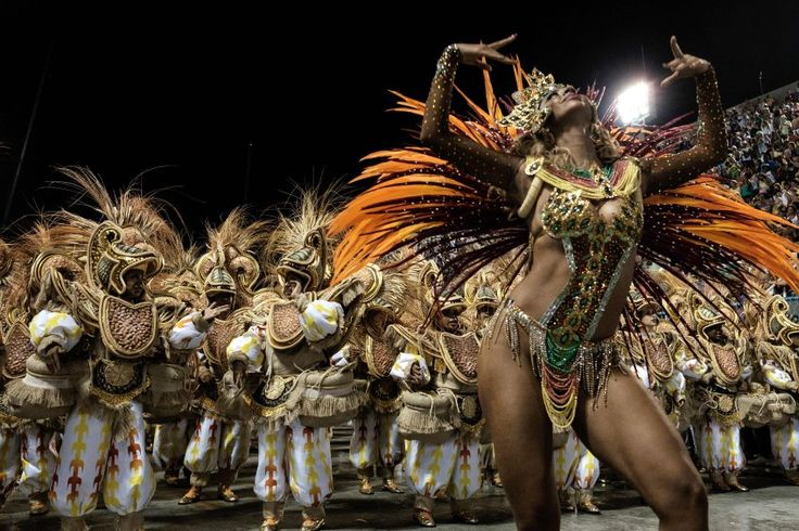 Karneval in Rio 2016: Von Sonntagabend bis Mittwoch zeigen zwölf Sambaschulen im Sambódrome in Rio de Janeiro ihre Künste.