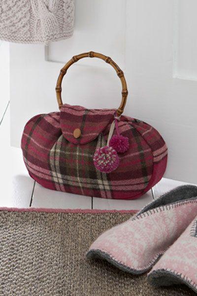 Handbag doorstop--what a cute idea!