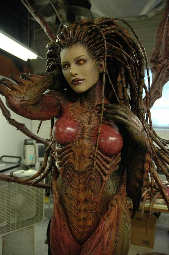 Sarah Kerrigan, Queen of Blades from Blizzard Entertainment's StarCraft.  The character was created by Chris Metzen and James Phinney, and her appearance was originally designed by Chris Metzen. #art #queenoftheblades #Starcraft