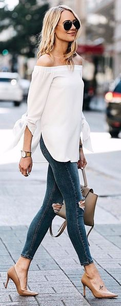 Obsessed with this look- a clean white shirt with style and distressed skinny jeans dark wash