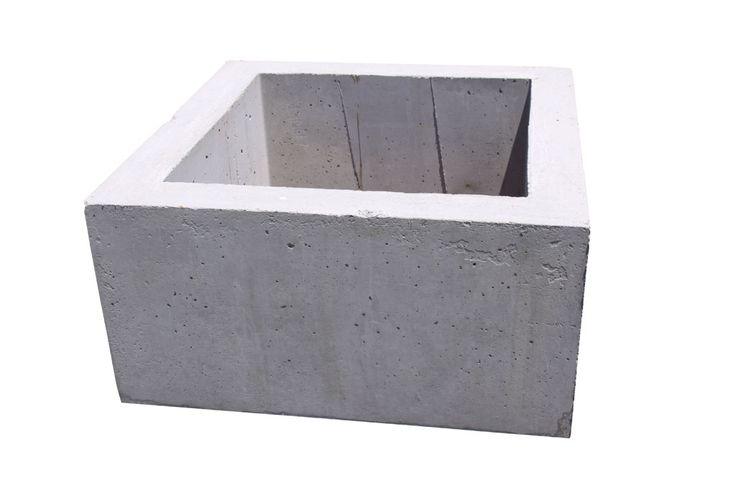 this is a precast pit which is like the precast pit that is to be used for the valve pit in the sewage pump station.