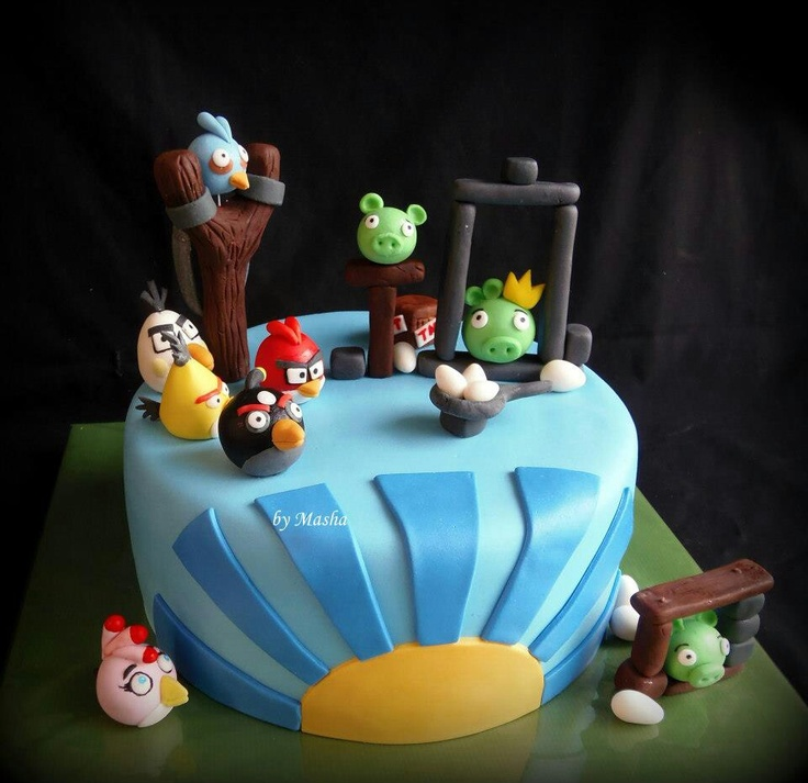 Angry birds cake blue