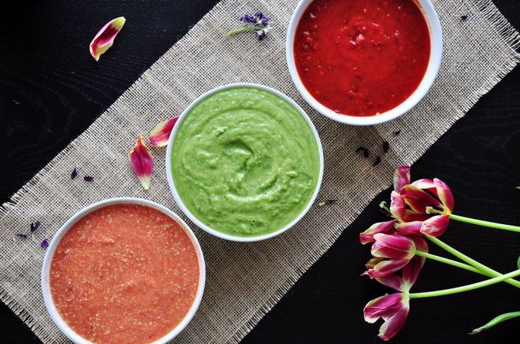 Three most authentic Mexican salsa recipes for chips, homemade tacos, quesadillas and anything you want. Each of them only takes 10 minutes to make!