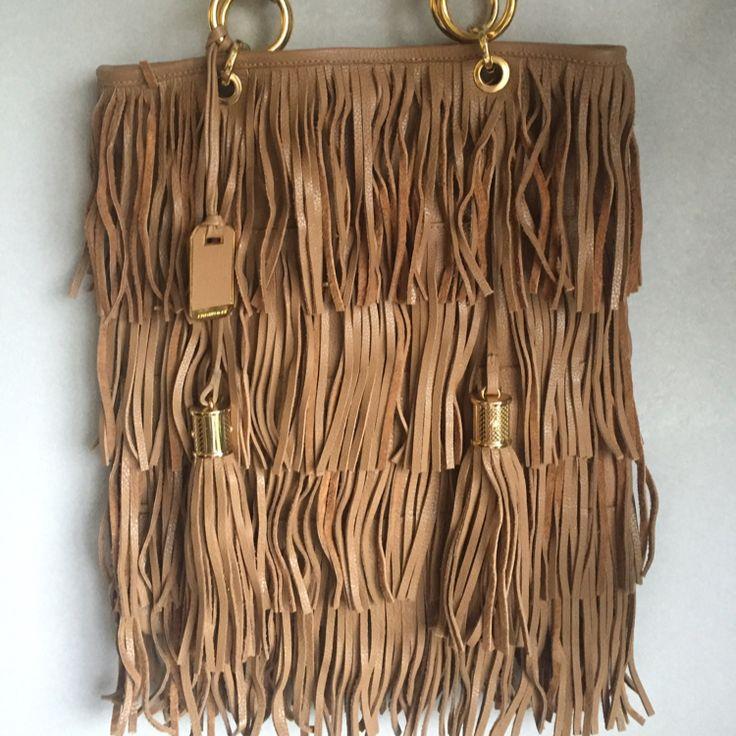 Dressbe | Bolsa Franja Couro #bolsa #couro #franja #moda #dressbe