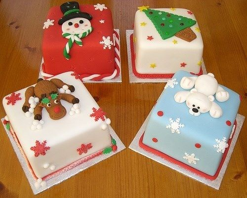 Cake Decorating Ideas Square : Christmas cakes, Cakes and Christmas on Pinterest