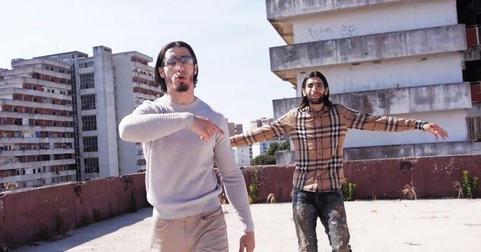 Nei loro testi, i due fratelli della band Rap PNL, Tarik e Nabil Andrieu, descrivono le difficoltà a cui vanno incontro i giovani nati nelle banlieue francesi.